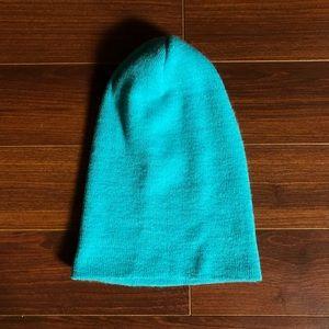 Turquoise lightweight beanie